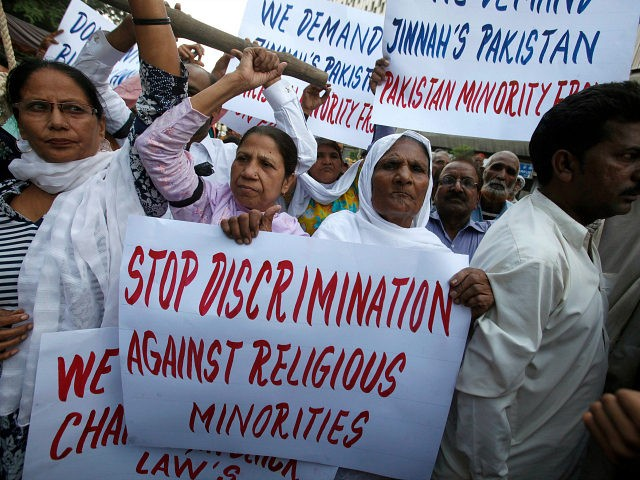 protesters demand the release of Asia Bibi at a Karachi rally, November 25, 2010/Akhtar Soomro