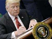 Donald Trump Signs Executive Order: Payroll Tax Holiday, Enhanced Unemployment Checks