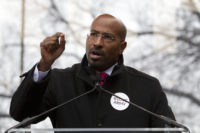Van Jones at University of Chicago: Safe Spaces Are a 'Terrible Idea'