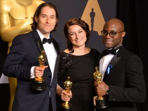 Oscars accountants apologize for Best Picture blunder, vow to investigate