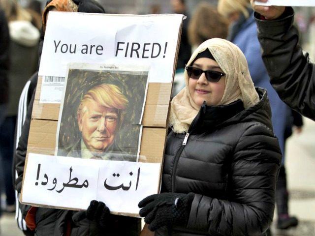 Arabic Sign You're Fired AP:Jose Luis Magana