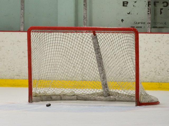Empty net (Mark Mauno / Flickr / CC)