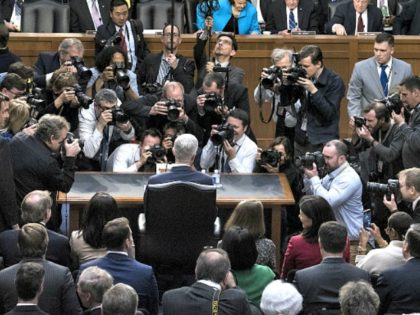 Gorsuch Surrounded Photogs Getty