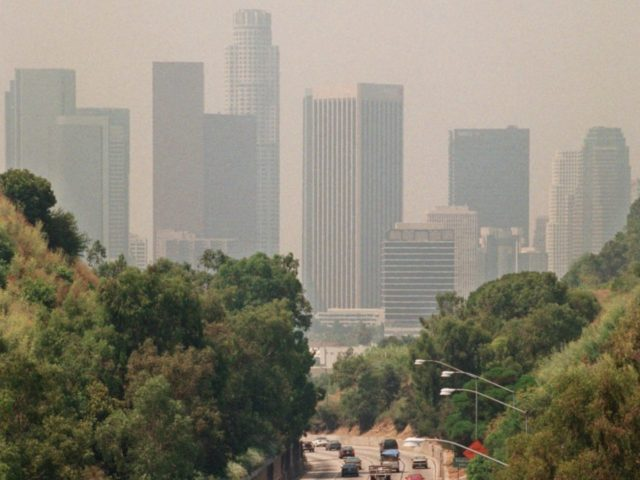 Los Angeles smog (Nick Ut / Associated Press)