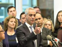 Rahm Emanual Thumbs Up-Teresa CrawfordAP