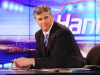 NEW YORK, NY - APRIL 21: TV personality Willie Robertson (L) and Host Sean Hannity host of FOX's 'Hannity With Sean Hannity' at FOX Studios on April 21, 2014 in New York City. (Photo by Paul Zimmerman/Getty Images)
