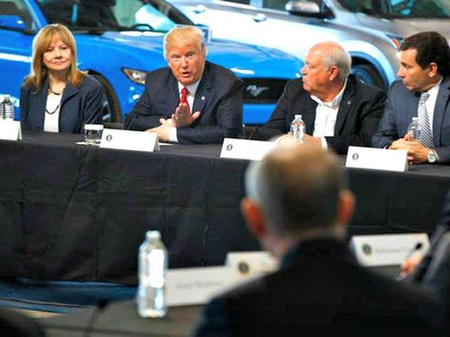 Trump-Auto CEOs-Evan VucciAP