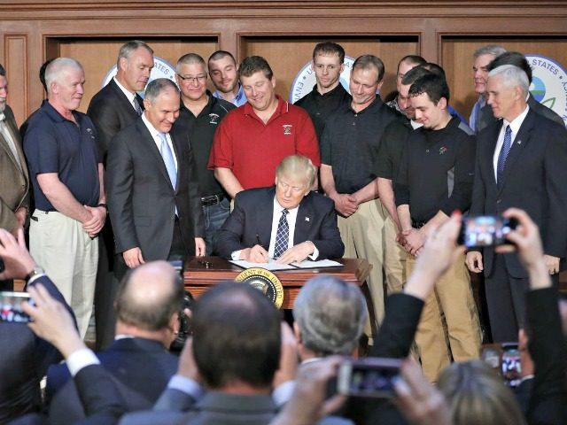 Trump Signs Energy Regs-Pablo Martinez MonsivaisAP