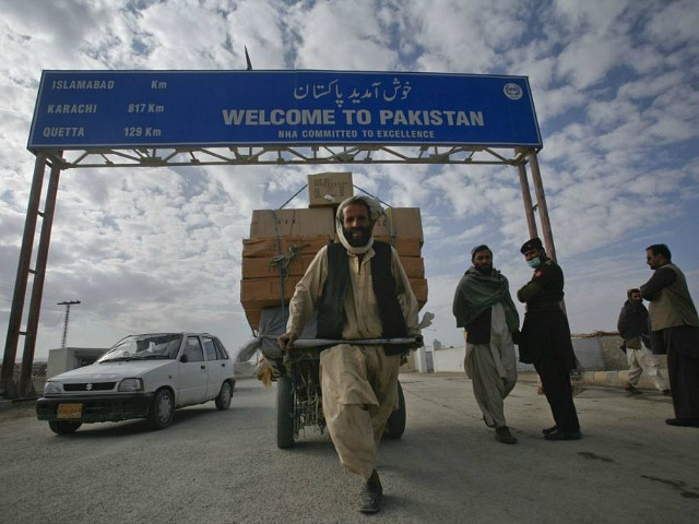 Pakistan: Islamabad Constructing Fence Along Afghan Border