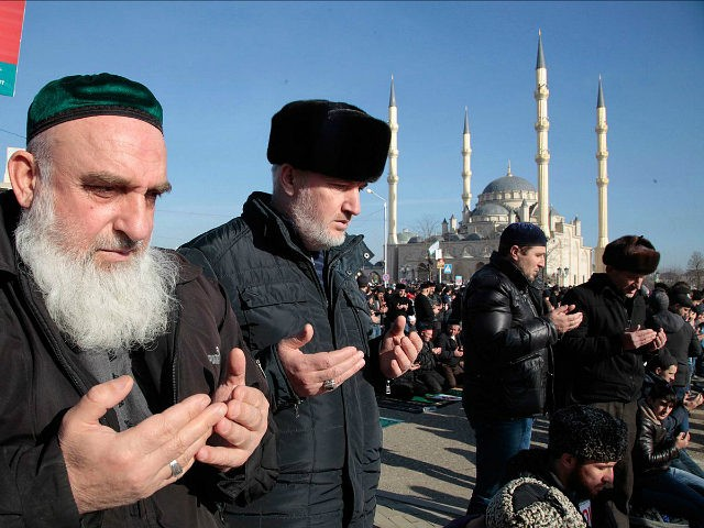 GROZNY - JANUARY 19 : Chechen Muslims gather in downtown regional capital of Grozny during a protest rally on January 19, 2015. Thousands of people have marched in the Russian region of Chechnya to rally against the French satirical magazine Charlie Hebdo. (Photo by grozny-inform/Anadolu Agency/Getty Images) Restrictions