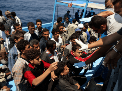 tunisia migrants arrested