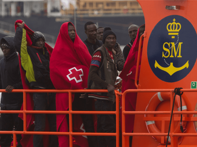 African Migrants Spain, Spanish Navy