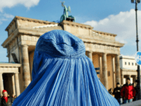 German MPs Approve Partial Burqa Ban, Security Measures