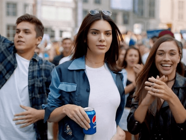 Pepsi_Jenner_cropped