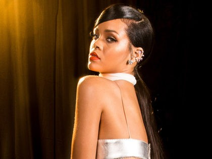 RihannaFlakeMelt