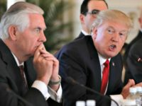 Trump at Table (Tillerson, Munchin) Carlos Barria Reuters