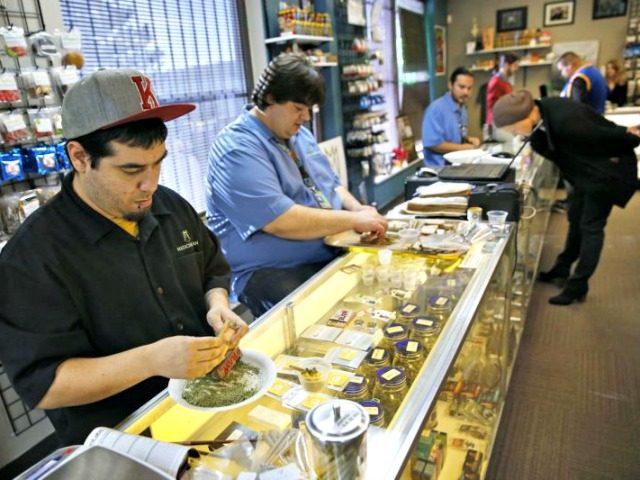 pot retailers Brennan LinsleyAP