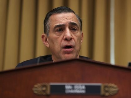 Darrell Issa on the fence (Justin Sullivan / Getty)
