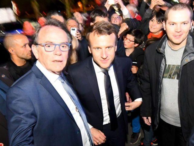 FRANCE2017-VOTE-EN-MARCHE