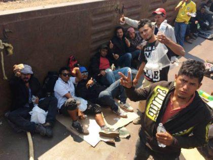 La Bestia Train Riders 2017 - Photo Pueblo Sin Fronteras Facebook