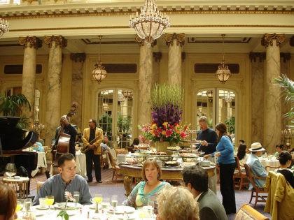 Palace Hotel dining (Lyn Gateway / Flickr / CC)