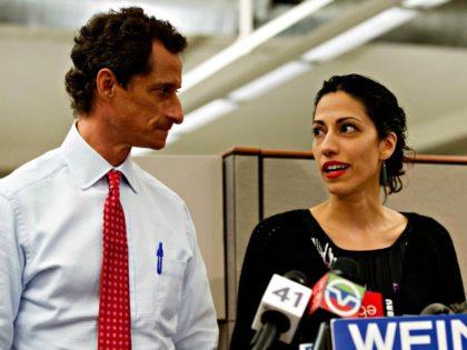 Weiner, Abedin John Minchillo, AP
