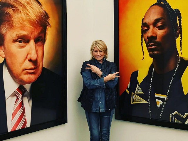 Martha Stewart flashes middle finger toward Trump portrait