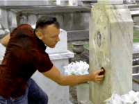 'Good Cemeterian' Cleans Headstones to Honor Veterans