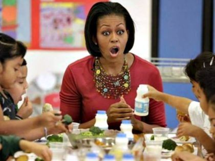 michelle-obama-school-lunch-Getty