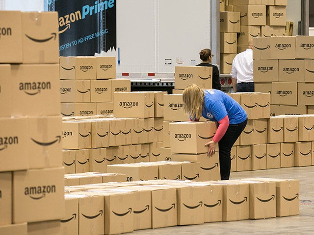 At an event today in Chicago, Amazon employees from nearby fulfillment centers packed 2,000 care packages to send to soldiers abroad who are not able to come home for the holidays Friday, December 4, 2015. Since 2010, Amazon has shipped more than 12 million packages to APO and FPO addresses. …