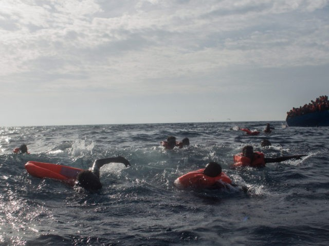 1000 migrants rescued in Mediterranean; 2 dead