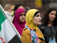 Sharia law advocate Linda Sarsour invoked the Bible to defend seemingly defend the Bible or draw criticism to Christianity, but Twitter didn't buy it. (Drew Angerer/Getty Images)