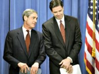 Poll: 54 Percent Say Robert Mueller's Ties to James Comey Represent a Conflict of Interest
