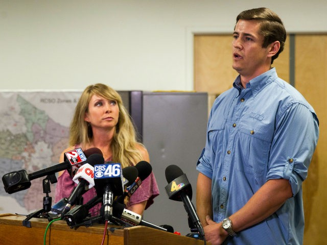 Patrick Hale, the man credited by law enforcement with forcing the surrender of two Georgia prison escapees, speaks to reporters in Murfreesboro, Tenn., on Friday, June 16, 2017, while his wife, Danielle, looks on. Hale said he was carrying a loaded weapon but never pulled it out when the two …