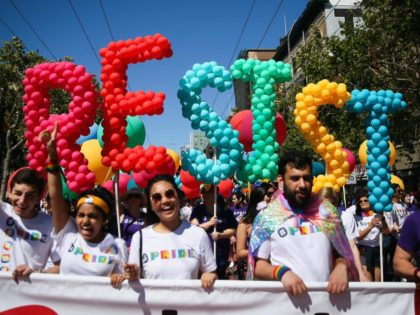 San Francisco Gay Pride parade resist (Elivah Nouvelage / Getty)