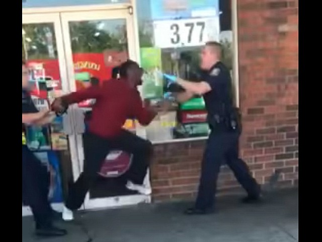 Politician Direct allegedly-high-man-attacks-bites-police-youtube VIDEO: Man Allegedly High on Synthetic Street Drug Tries to Bite Officers After They Repeatedly Tasered Him Breitbart Politics  Tasers Synthetic drugs Serenity Pre-Viral police officers Lexington Law Enforcement Kentucky Drug Overdose Big Government