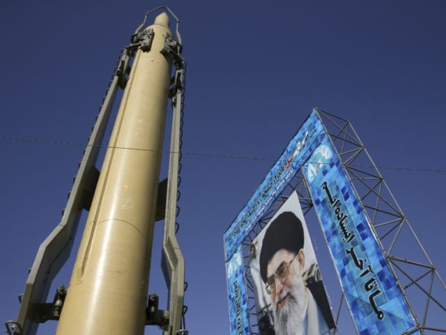 China vows to safeguard Iranian nuclear deal