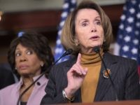 Pelosi: Maxine Waters Shouldn't Apologize for Comments to Protesters
