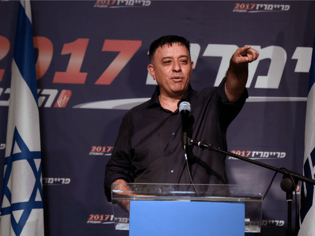Herzog announces his stay as Israeli opposition leader