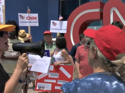 WATCH: Protesters Storm CNN Headquarters: 'No More Fake News!'