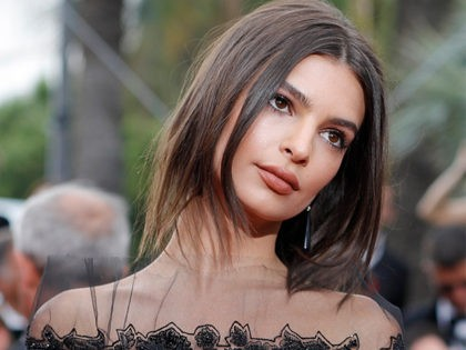 CANNES, FRANCE - MAY 18: Emily Ratajkowski attends the 'Loveless (Nelyubov)' screening during the 70th annual Cannes Film Festival at Palais des Festivals on May 18, 2017 in Cannes, France. (Photo by Andreas Rentz/Getty Images)