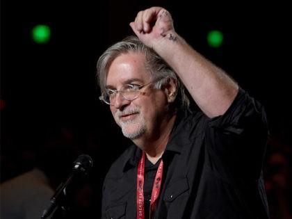 'Simpsons' Creator Matt Groening Leads Comic-Con Crowd In Anti-Trump Chant