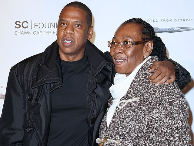 Jay-Z's mom, Gloria Carter, comes out gay