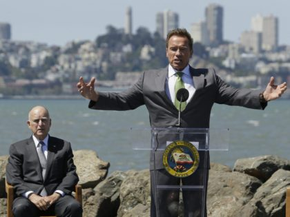 Jerry Brown and Arnold Scwarzenegger (Eric Rosberg / Associated Press)