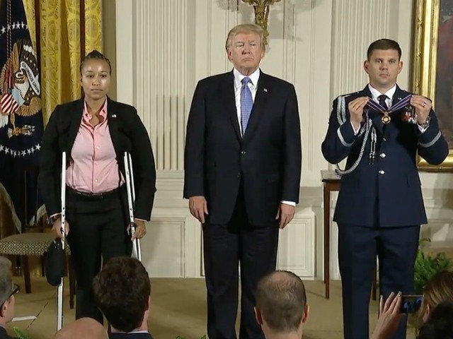 Trump gives Medal of Valor to first responders at Scalise shooting.
