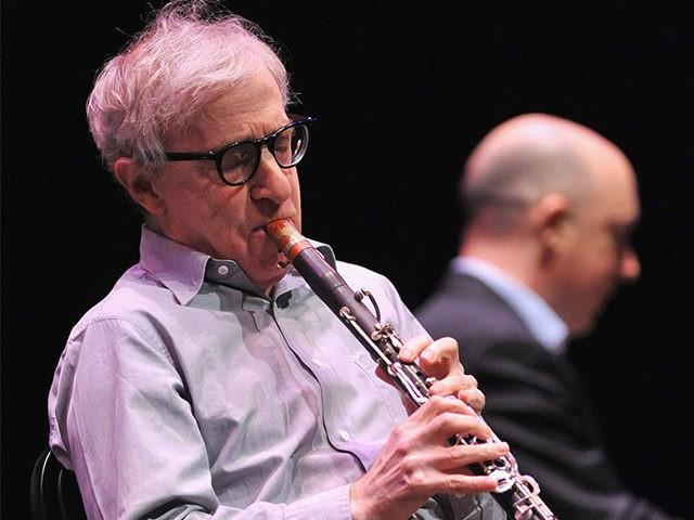 Protesters interrupt Woody Allen's jazz concert in Germany