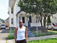 An ex-convict living in a halfway house is being praised …