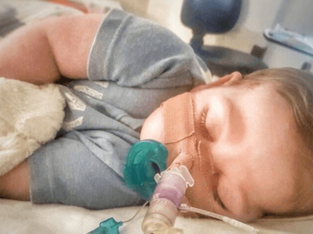 USA doctor evaluates Charlie Gard's health
