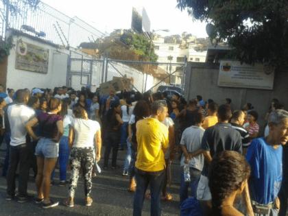 Report: Venezuelan Police Shoot Down Syndrome Boy Dead for Running Away