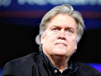 Report: Steve Bannon Meets with Billionaire Mercer Family as He Prepares for #War